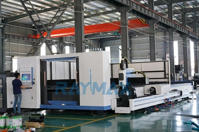 IPG Closed Type Board 4KW Fiber Laser Metal Cutting Machine