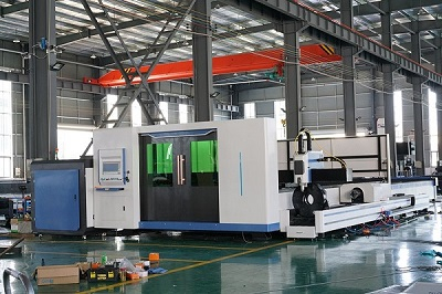 metal fiber laser cutting machine.jpg